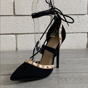 Size 7 Black Studded Pointy toe Ankle Tie heels